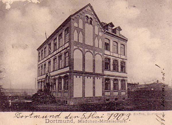 Fotografie mit Beschriftung 1903 Schule Lindenstraße